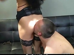 Office assistant shows her boss her flexibility 2