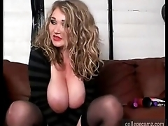 beautiful blonde bbw with large breasts chats during put up with show on collegecamz
