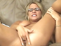 Veronica R, Babe in Glasses nice tits finger her cunt so hard. like there is no tomorrow.