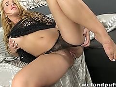 Stunning long haired blonde enjoys pissing
