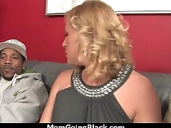 Hot mom receive a huge black dick porn video 16